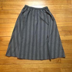 Leslie Fay Vintage Chevron Print Midi Skirt
